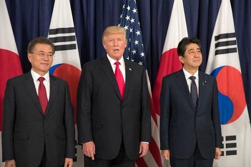 特朗普向韩国求援